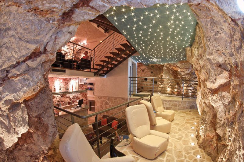 Things to do in Dubrovnik   Cave Bar More